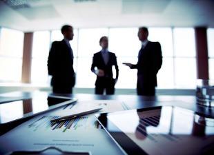 Corporate_Advisory_Governance